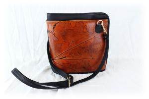 Mountain Laurel Gallery, Handmade Leather Purse